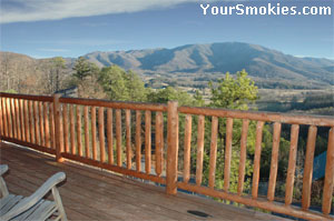 View the Smoky Mountains from your Smokies cabin.